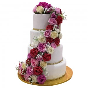 Red Rose Trail Wedding Cake