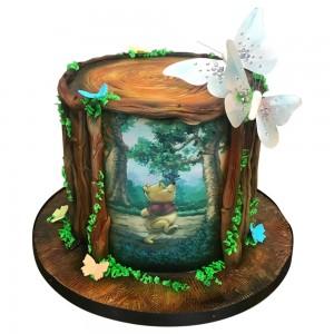 Winnie the Pooh tree trunk cake