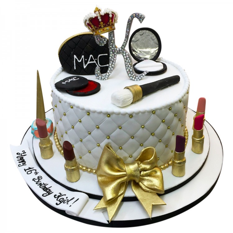 Awesome 16Th Diva Makup Cake Sweet 16Th Cakes Leicester Funny Birthday Cards Online Alyptdamsfinfo
